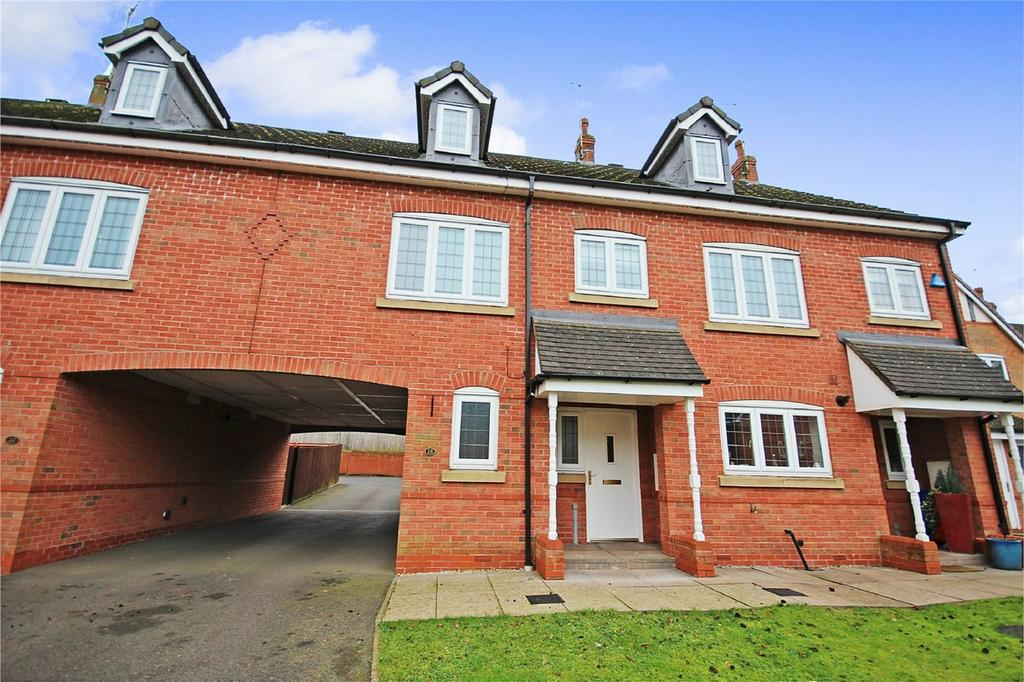 3 Bedrooms Town House for sale in Lister Grove, Blythe Bridge, Staffordshire