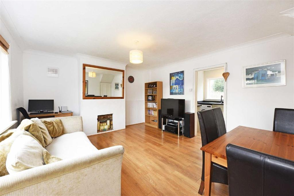 3 Bedrooms Terraced House for sale in Thornscroft, Steyning