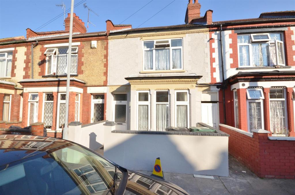 3 Bedrooms Terraced House for sale in Off Dunstable Road