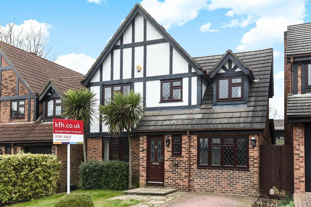 3 Bedrooms Detached House for sale in Castle Close, Bromley