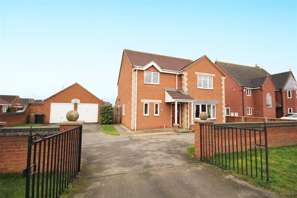 4 Bedrooms Detached House for sale in Rectory Road, Ruskington, NG34