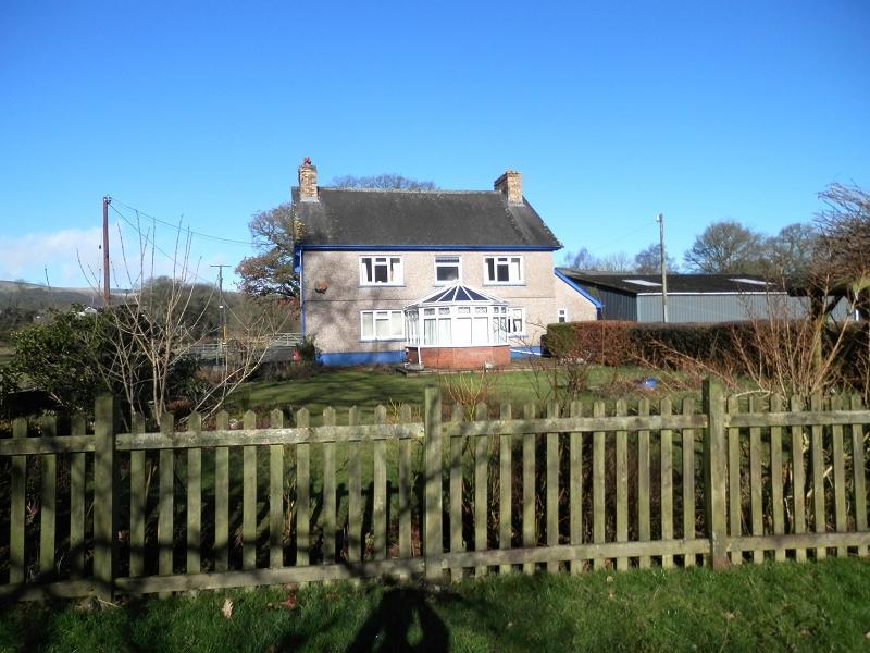 4 Bedrooms Detached House for sale in Cilycwm, Llandovery, Carmarthenshire.