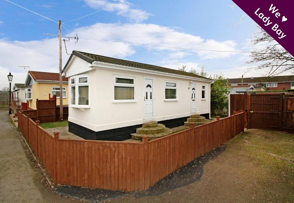 1 Bedroom Detached Bungalow for sale in Carlight Gardens, Adbolton Lane, Lady Bay, Nottingham, NG2