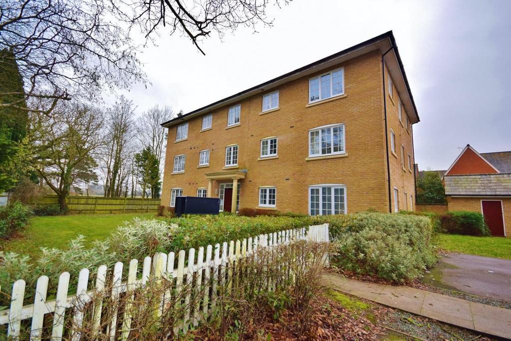 2 Bedrooms Flat for sale in Sherfield-On-Loddon, Hook, RG27