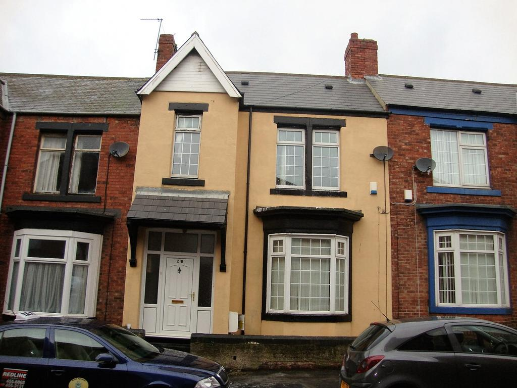4 Bedrooms Flat for sale in Dean Road, South Shields