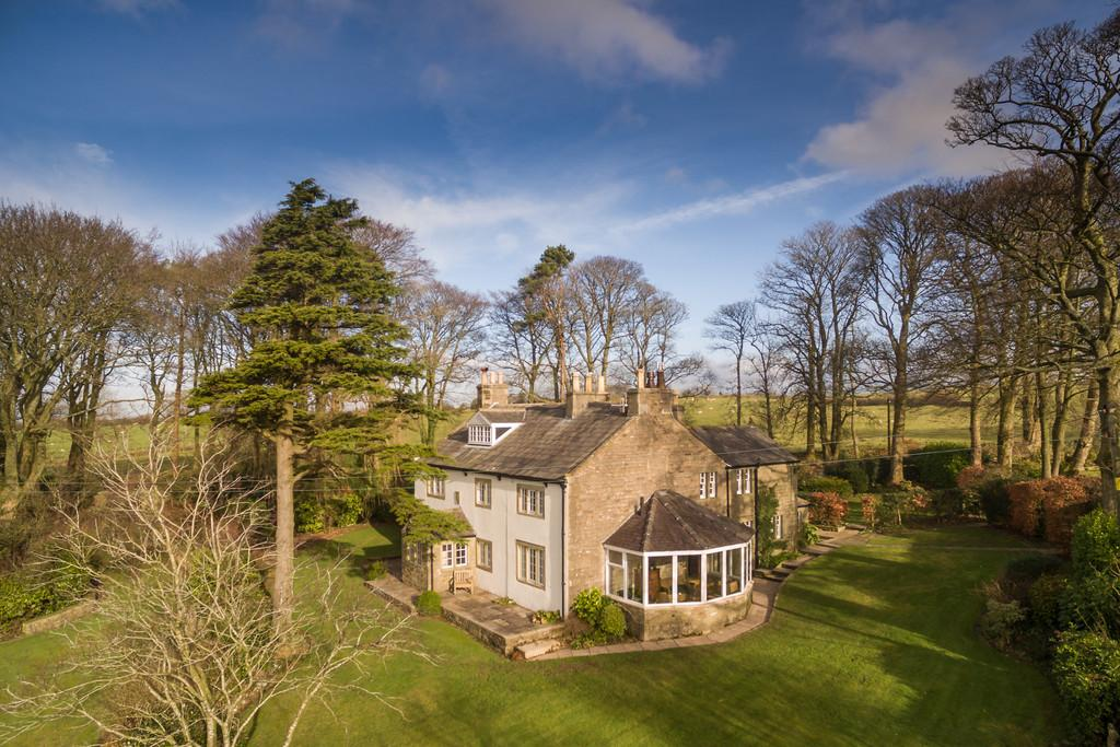 5 Bedrooms Detached House for sale in Barley Bank, Higher Tatham, Near Lancaster LA2 8PS