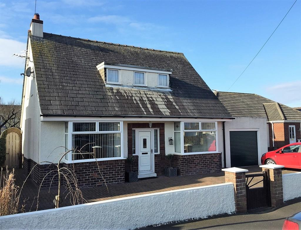 4 Bedrooms Detached Bungalow for sale in St Michaels Road, Rampside