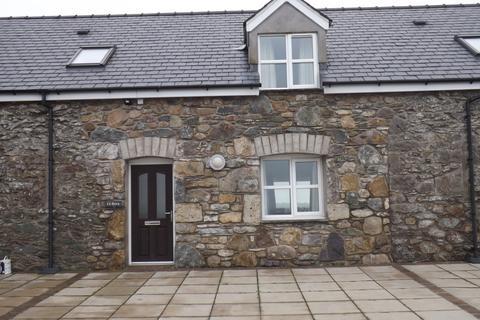 3 bedroom barn conversion to rent - Rhostrehwfa