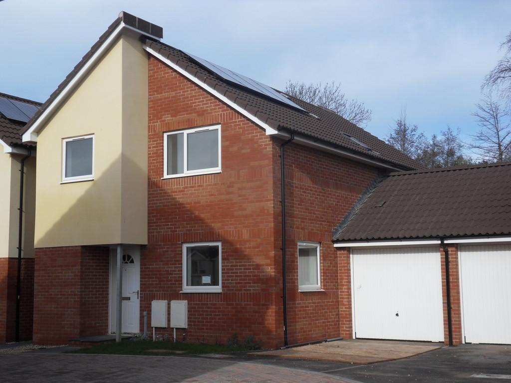 4 Bedrooms Detached House for sale in Marcus Road, Exmouth