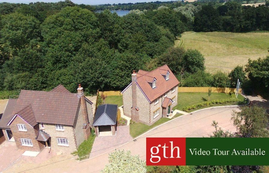 4 Bedrooms House for sale in Touches Lane, Chard, Somerset, TA20