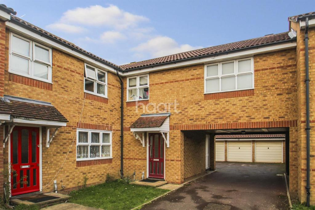 3 Bedrooms Terraced House for sale in Henry Doulton Drive, Tooting Bec, SW17