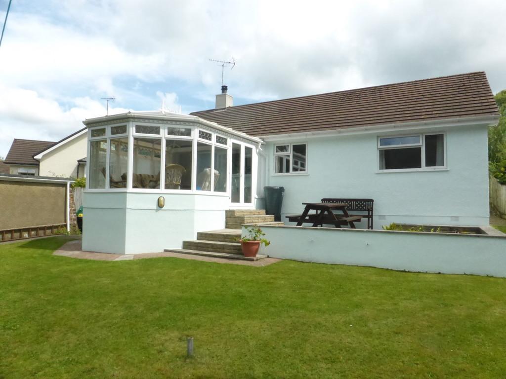 3 Bedrooms Detached Bungalow for sale in Okehampton, Devon