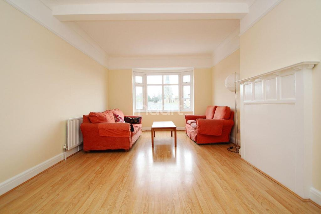 2 Bedrooms Flat for sale in Queens Mansions, Brighton Road