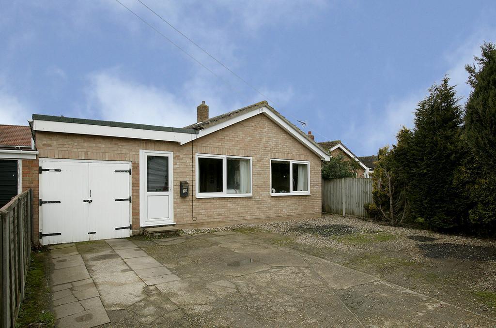 3 Bedrooms Detached Bungalow for sale in Recreation Road, Hethersett