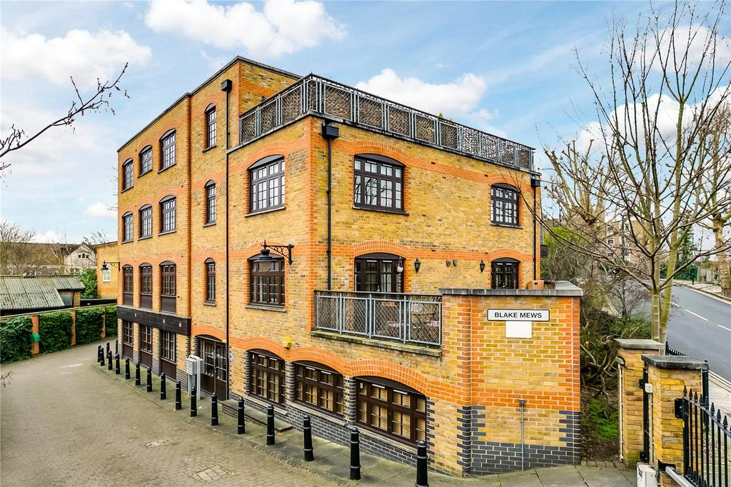 2 Bedrooms Flat for sale in Blake Mews, Kew, Richmond, Surrey