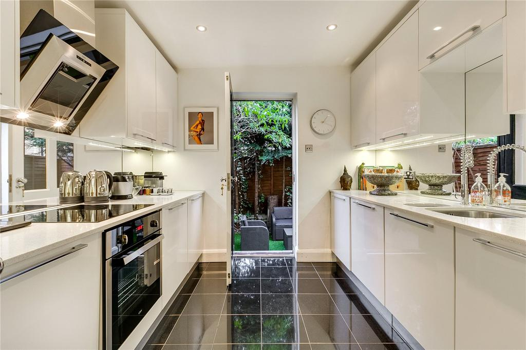 2 Bedrooms Flat for sale in Damer Terrace, Chelsea