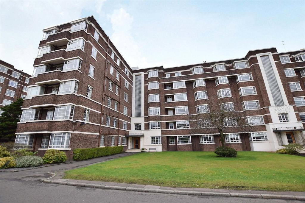 3 Bedrooms Apartment Flat for sale in 4th Floor, Kelvin Court, Anniesland, Glasgow