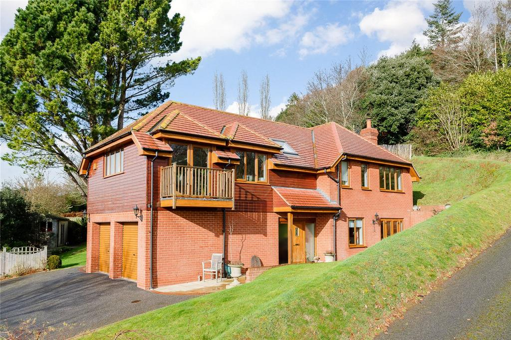 4 Bedrooms Detached House for sale in Little Johns Cross Hill, Exeter, Devon