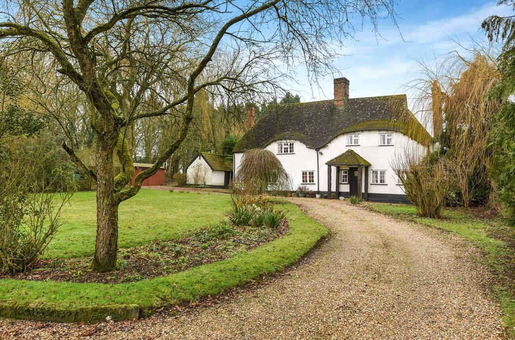 3 Bedrooms Detached House for sale in Brettenham Road, Buxhall, Stowmarket, Suffolk, IP14