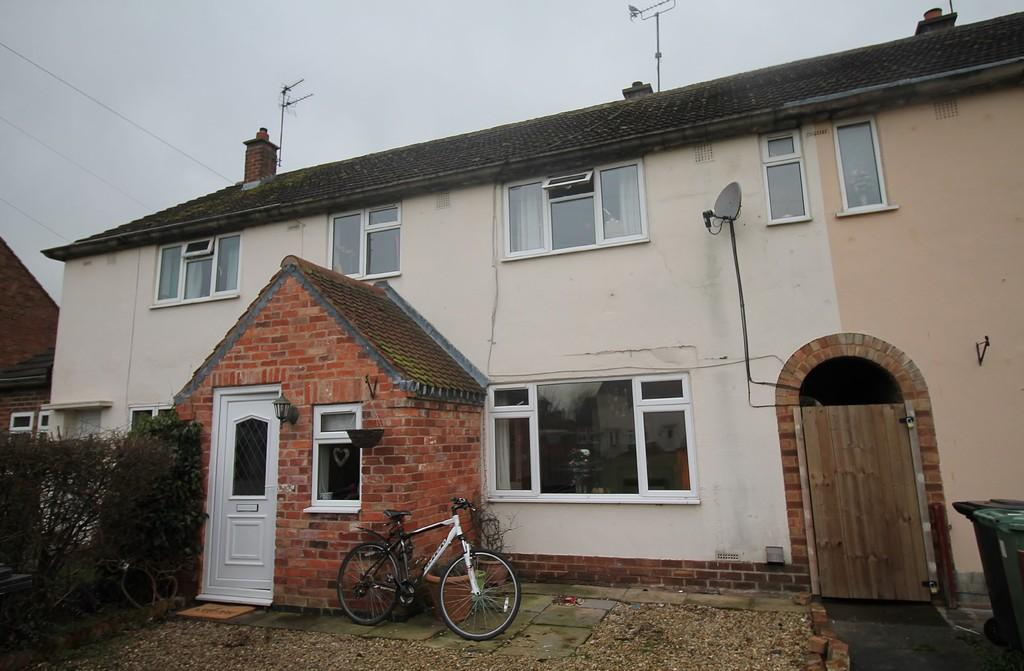 3 Bedrooms Terraced House for sale in Naseby Close, Market Harborough