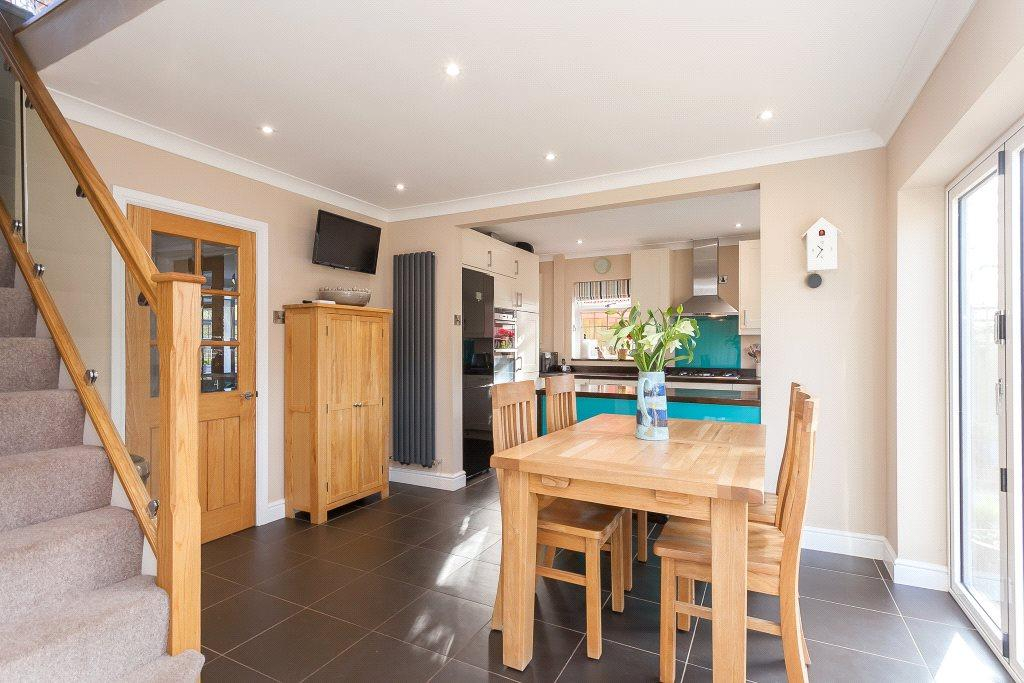 4 Bedrooms Detached House for sale in Ramsdell, Tadley, Hampshire, RG26