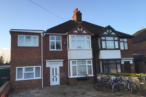 6 bedroom house to rent - Newmarket Road, Cambridge,