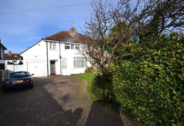 3 Bedrooms Semi Detached House for sale in Goring Road, Goring, West Sussex, BN12 4AB