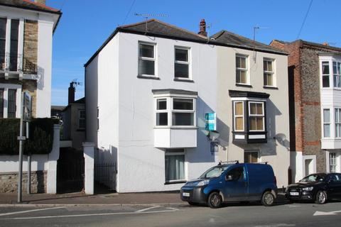 2 bedroom flat to rent - George Street, Ryde