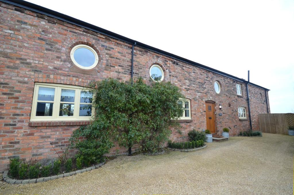 4 Bedrooms Barn Conversion Character Property for sale in Hallam Hall Barns, Summer Lane, Preston On The Hill