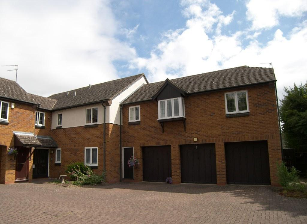 2 Bedrooms Ground Flat for sale in Yew Tree Close, Lapworth
