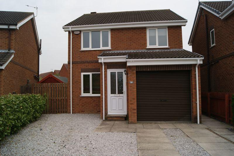 3 Bedrooms Detached House for sale in Lilac Avenue, Beverley