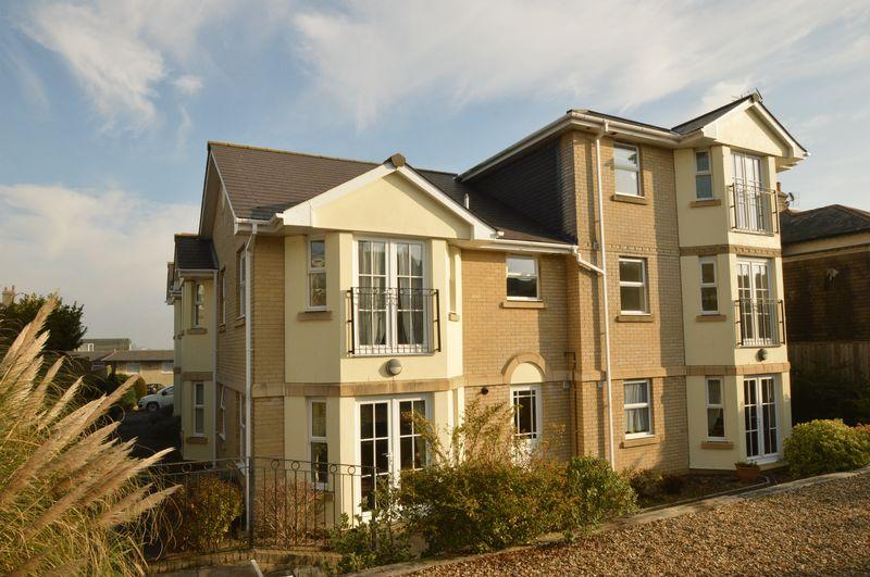 2 Bedrooms Apartment Flat for sale in SANDOWN