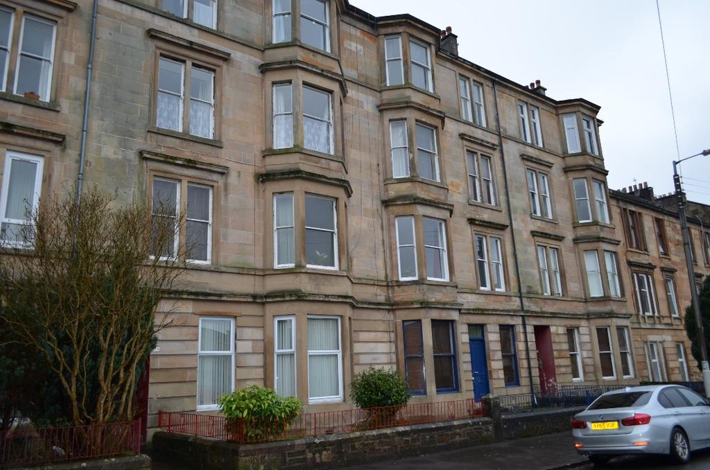 2 Bedrooms Flat for sale in Albert Road, Flat 1/2, Queens Park, Glasgow, G42 8DW