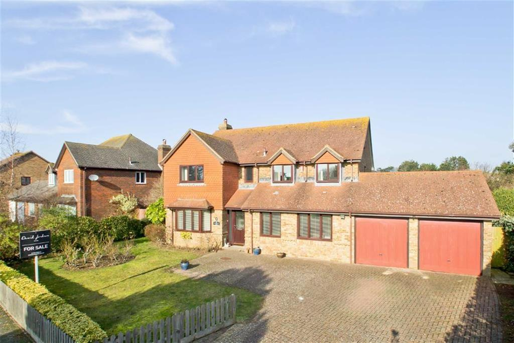 5 Bedrooms Detached House for sale in Firle Grange, Seaford, East Sussex