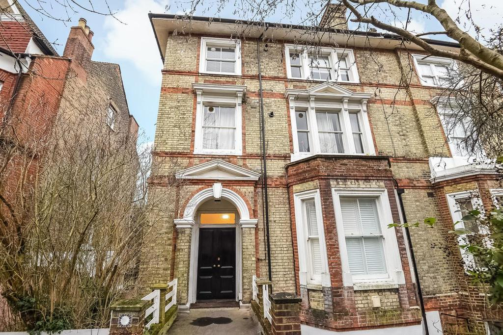 1 Bedroom Flat for sale in Victoria Crescent, Crystal Palace, SE19