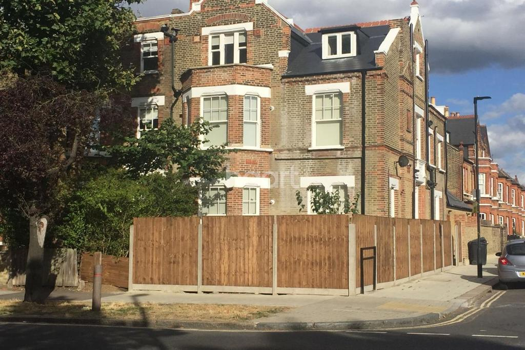 1 Bedroom Flat for sale in Kings Avenue, Clapham, SW4