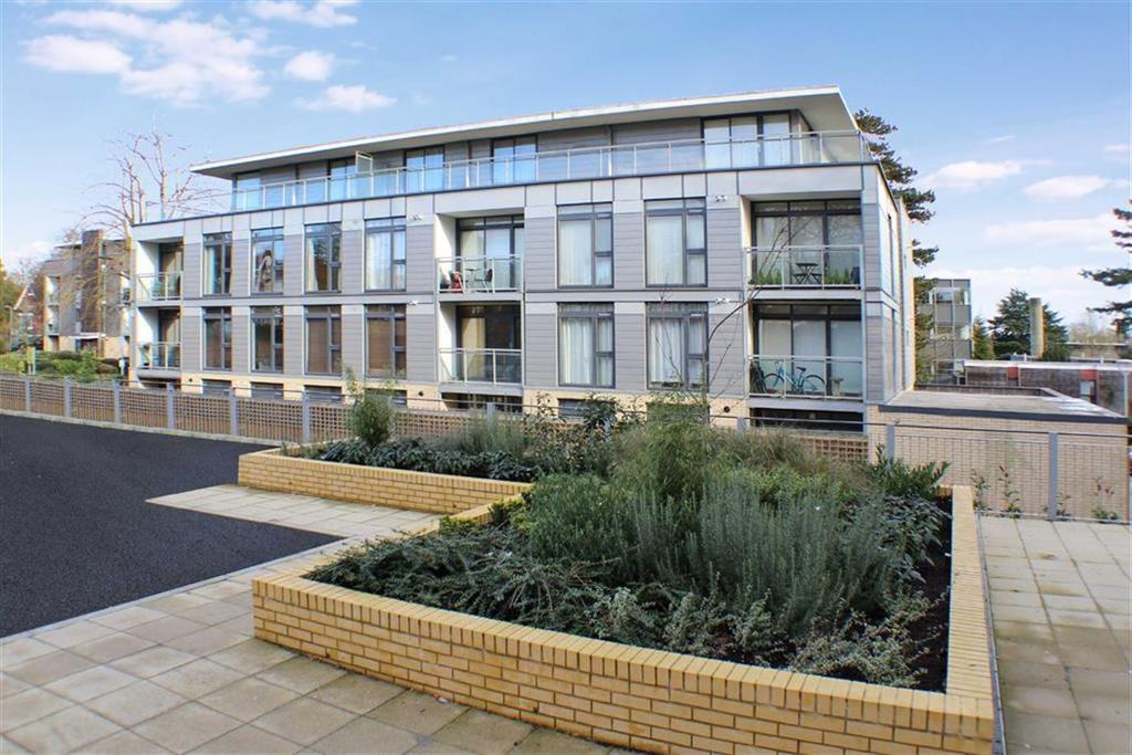 2 Bedrooms Flat for sale in Fitzwilliam Court, St Albans, Hertfordshire