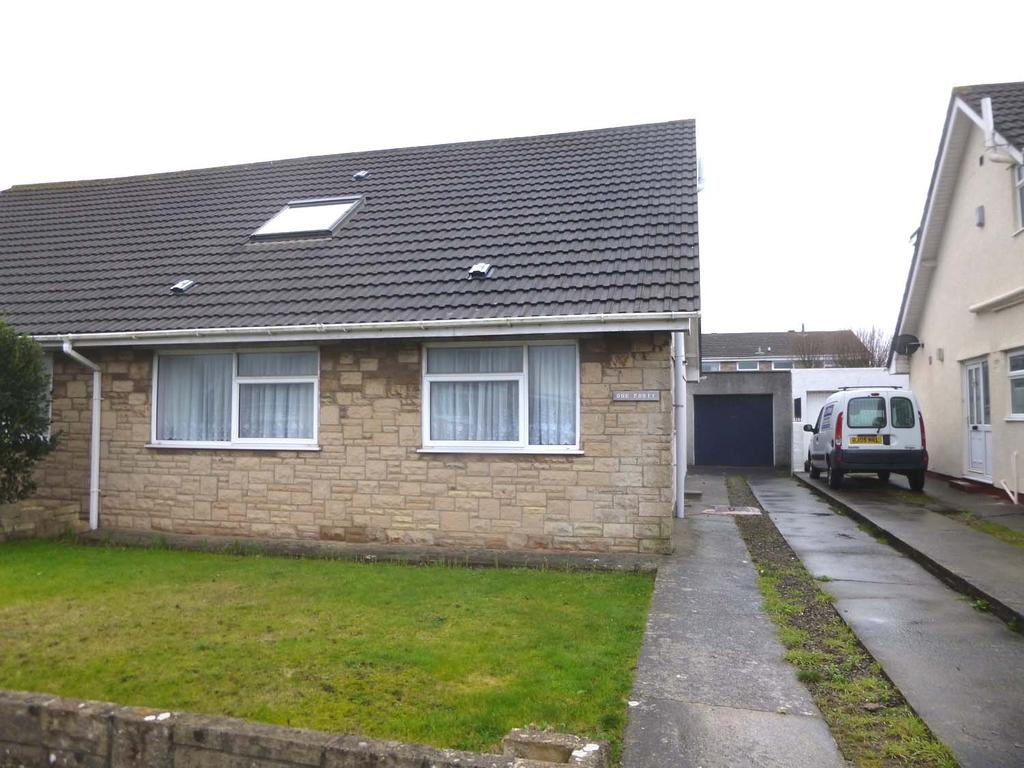 4 Bedrooms Semi Detached Bungalow for sale in Fulmar Road, Rest Bay, Porthcawl CF36