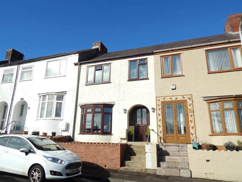 3 Bedrooms Terraced House for sale in Essex Terrace, Plasmarl, Swansea
