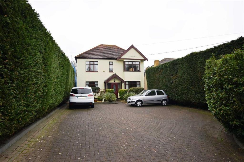 4 Bedrooms Detached House for sale in Chelmsford Road, Shenfield, Essex