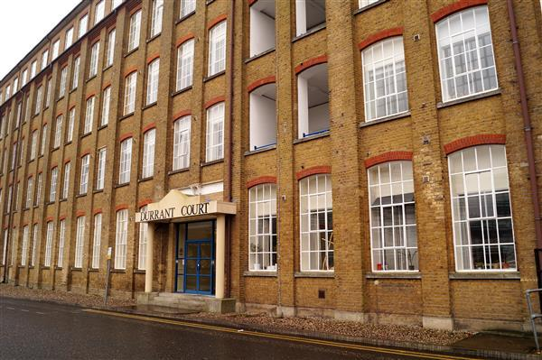 2 Bedrooms Apartment Flat for sale in Durrant Court, Brook Street