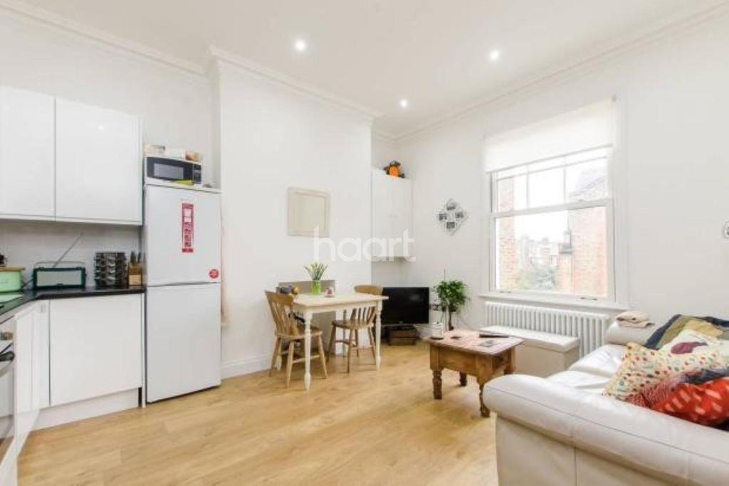 1 Bedroom Flat for sale in London