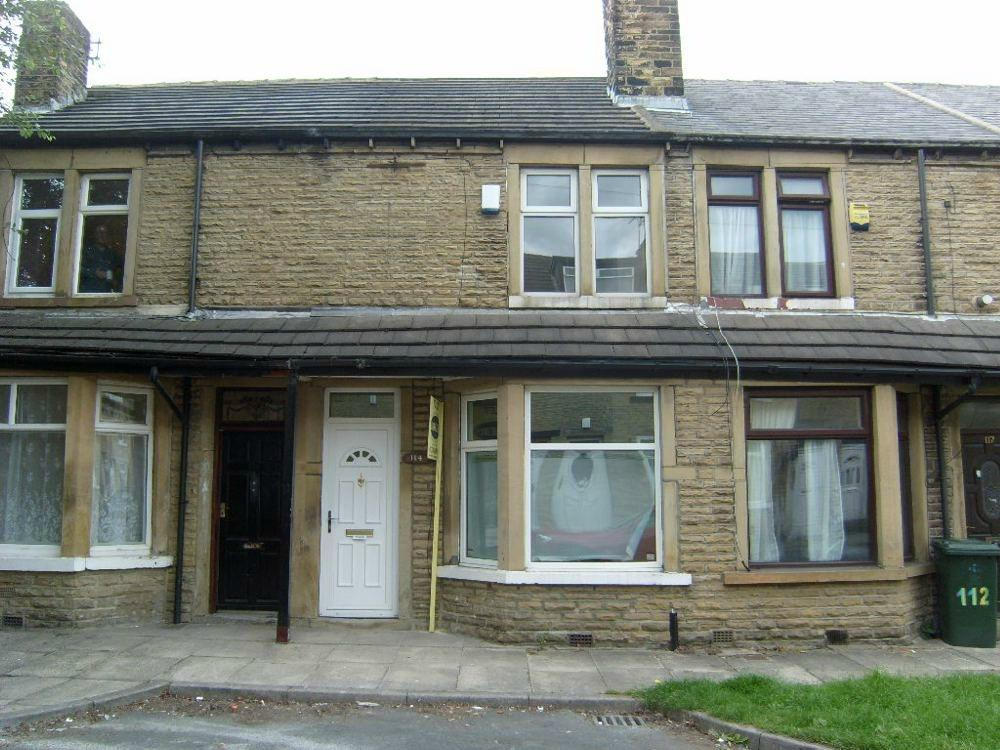 2 Bedrooms Terraced House for sale in Brompton Road, BRADFORD, West Yorkshire