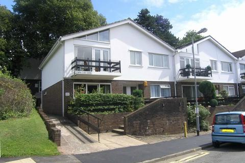 2 bedroom flat to rent - Cefn Coed Gardens, Cyncoed, Cardiff