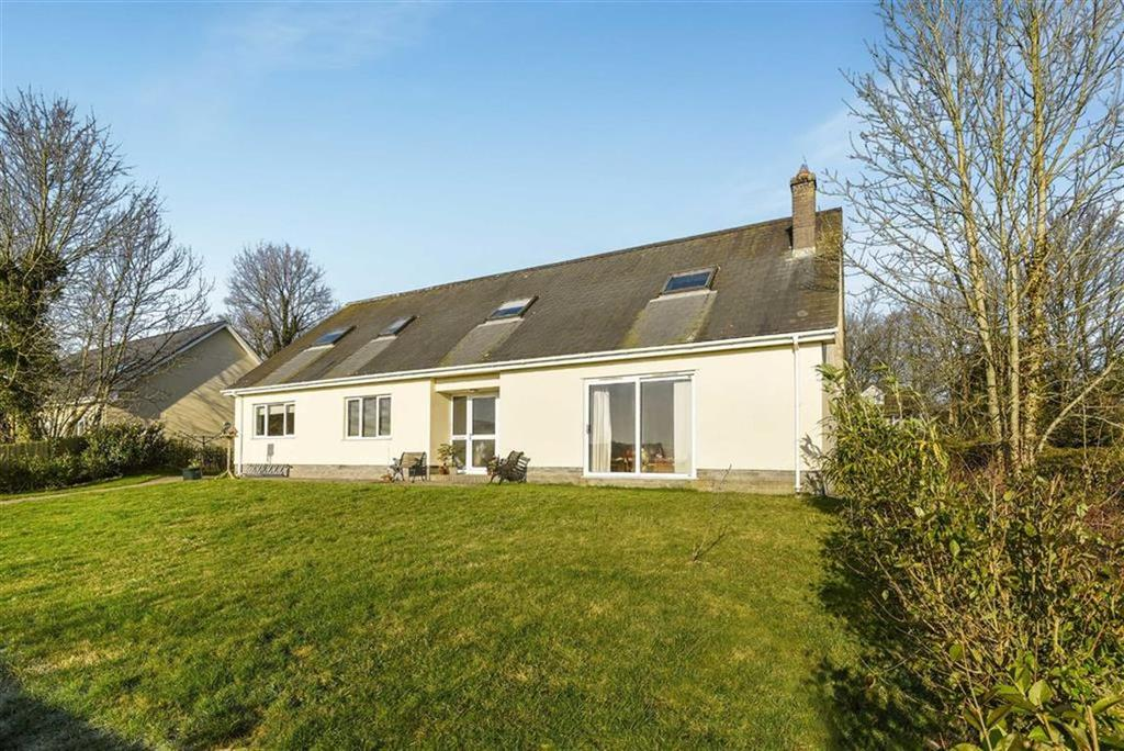 5 Bedrooms Detached House for sale in North Road, South Molton, Devon, EX36