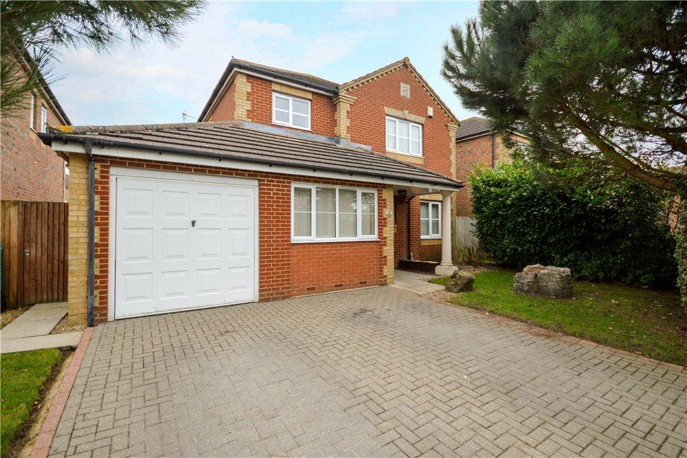 4 Bedrooms Detached House for sale in Burton Road, Kennington, Ashford, Kent