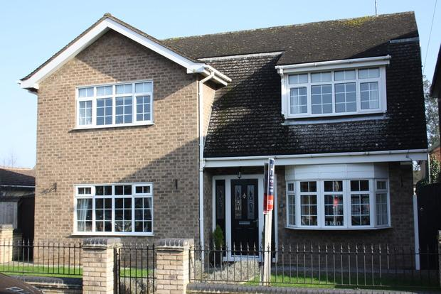 4 Bedrooms Detached House for sale in Darthill Road, March, PE15