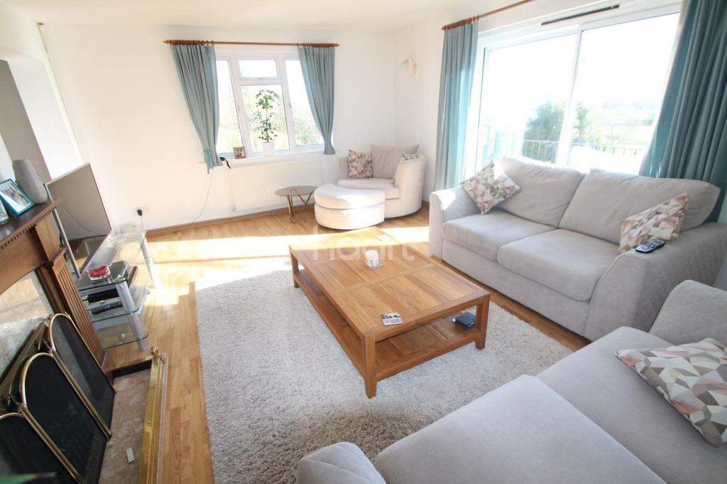3 Bedrooms Detached House for sale in The Limes, Coedkernew, Newport,