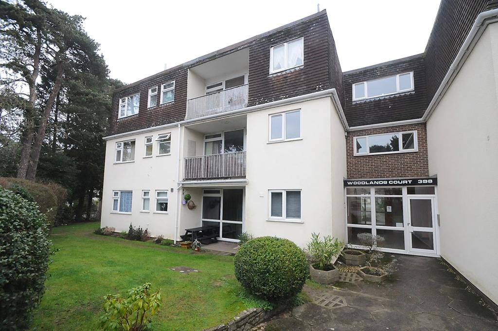 2 Bedrooms Ground Flat for sale in Charminster Road, Bournemouth, BH8