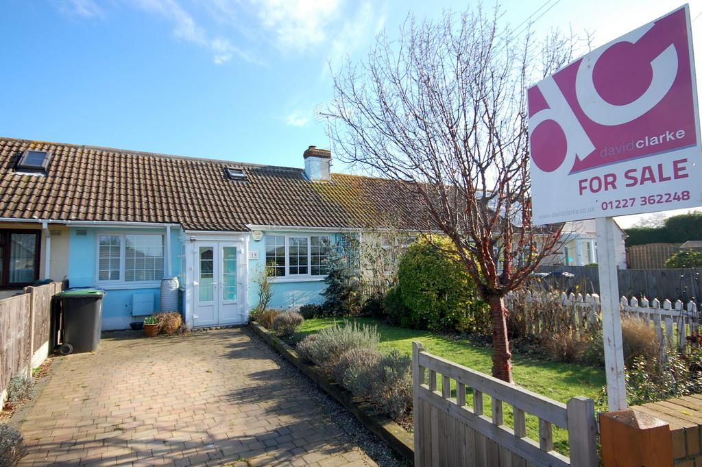 2 Bedrooms Terraced Bungalow for sale in The Grove, Greenhill, Herne Bay